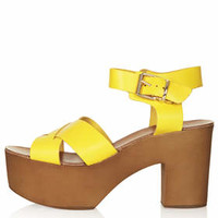 NAIVE Cross Through Sandals - Yellow