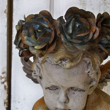 Handmade rusted rose crown French decor for display of shelf made by Anita Spero