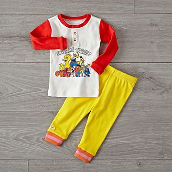 Sesame Street Friends Pajama Set