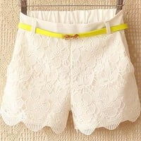 Crochet stitching recreational shorts from Fanewant