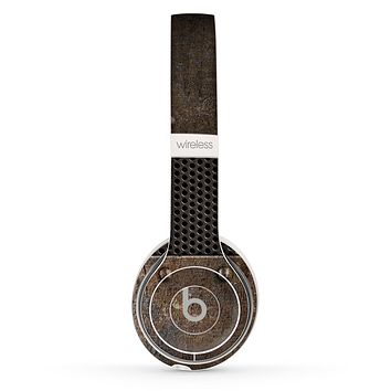 The Bolted Metal Sheets Skin Set for the Beats by Dre Solo 2 Wireless Headphones