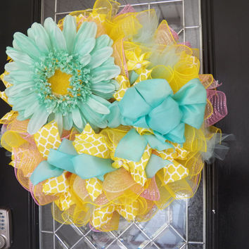 Spring Wreath, Summer Wreath, Floral Wreath, Deco Mesh Wreath, Ready to Ship