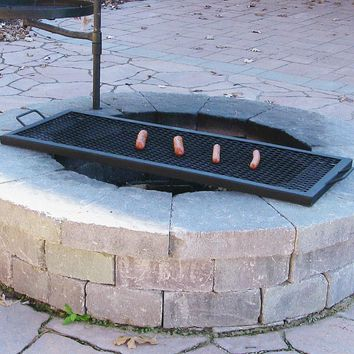Sunnydaze Decor 32 Inch Metal Rectangle Fire Pit Cooking Grill