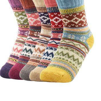 Zando Vintage Casual Womens Thick Knitting Wool Socks Winter Autumn Warm Soft Cotton Crew Cabin Socks 5 Pack