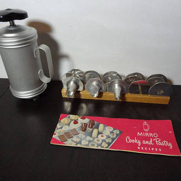 Vintage Retro Mirro Cooky/Cookie and Pastry Press Set - Old Fashioned Kitchen Bakeware