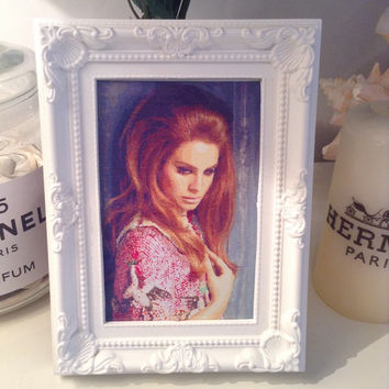Beautiful Lana Del Rey 'Lana' print and vintage frame.