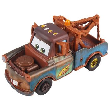 Disney Cartoon Pixar Cars 3 Mater