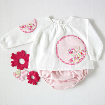 A knitted sweater with diaper cover - a sweet pink and green flowers and circles. Baby girl. 100% cotton. READY TO SHIP size