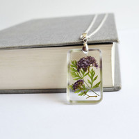 Pressed Flower Necklace. Resin and Flower Pendant. Real Flower Jewelry. Wedding Party Gifts.Purple Flower and Leaf