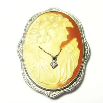 Vintage Jewelry Cameo Brooch Pin