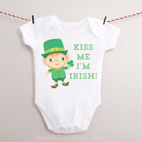 Kiss Me I'm Irish Leprechaun Shamrock Shirt Baby Outfit Happy St. Patrick's Day Ireland One Piece Bodysuit Romper Creeper Infant Toddler