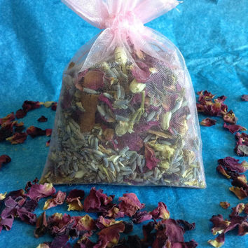Relaxing herbal sachet