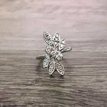 Vintage Art Nouveau Diamond Ring in 14k White Gold, Old European Diamonds H SI1, 2/3 (0.60) Carat total, Size US 6  (ring sizing available)