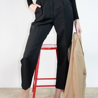 Simple Black Trouser / S 26 Inch Waist