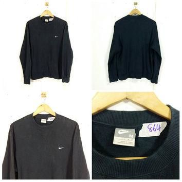 NIKE Sweatshirt Men/Women Medium Black Sportswear Vintage Nike Swoosh Sweater Nike Spo