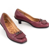 Red Leather High Heel Shoes 9 M Kiltie w Copper Color Hardware Ruby Slippers