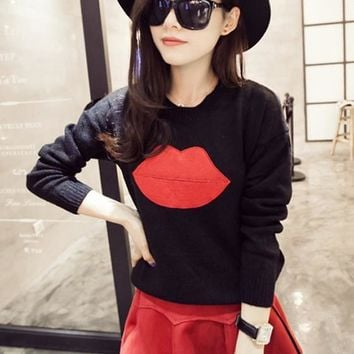 Black Plain Lips Appliques Knit Pullover Sweater