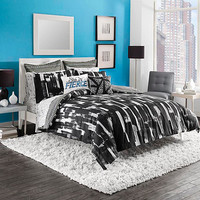 Steve Madden® Shana Reversible Comforter Set in Black/White