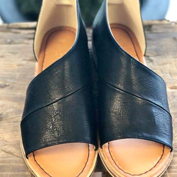 Can't Resist Sandals - Black