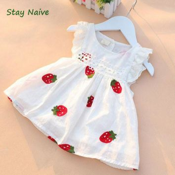 Stay Naive girl dress summer 2017 new children's clothing small flying sleeve embroidered strawberry dress baby