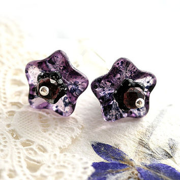 Purple Flower Earrings, Floral Jewelry, Purple and Black, Glass flower earrings, Sterling silver, Bell flower earrings, Natural Jewelry