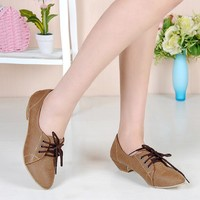 Wholesale Simple Style Lace-up Shoes Brown