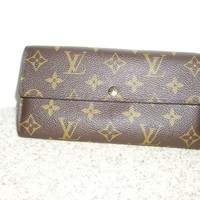 Authentic Louis Vuitton Monogram Sarah Wallet EUC