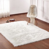 Fox Faux Fur - White