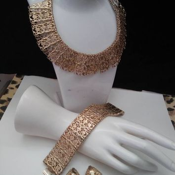 Best Gold Tone Earring And Bracelet Set Products on Wanelo 1a3b7584f7