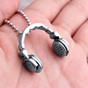 Music Headphones Necklace