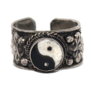 Boho Adjustable Ying Yang ring
