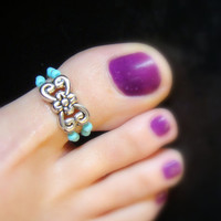 Toe Ring - Big Toe - Silver Metal Flower Swirl - Turquoise Stones - Stretch Bead Toe Ring