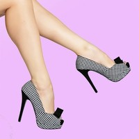 Bella Platform Peep Toe Heel in Houndstooth | Pinup Girl Clothing