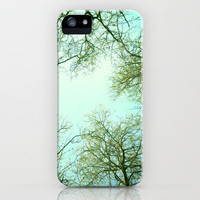 The sky  iPhone Case by Guido Montañés