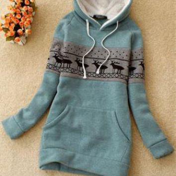 Green Deer Pullover Hooded Sweatshirt S002691