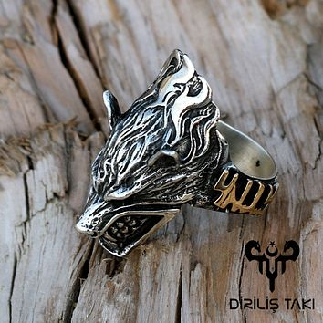 Wolf headed sterling silver archery ring
