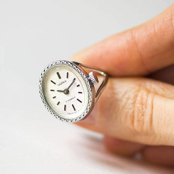 Women's watch ring Seagull vintage. Oval retro women's ring watch. Classic lady jewelry silver shade. Gift girlfriend cocktail ring Soviet