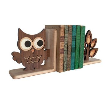 Woodland Owl Forest Animal Bookend 1 by graphicspaceswood on Etsy