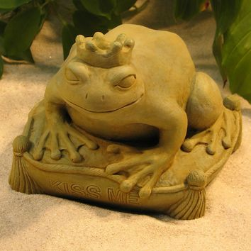 Frog Prince Kiss Me Wearing Crown Garden Patio Statue 6H
