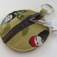 Duck Dynasty Circle Earbud Holder Pouch / Coin Purse