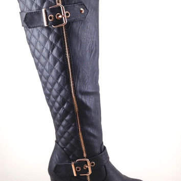 Black Boot with Quilt and Buckle Design