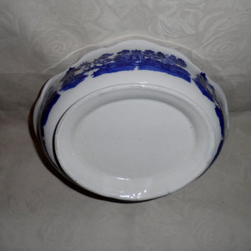 Antique flow blue - Victorian willow pattern bowl transfer printed blue and white china - vintage serving bowl - vintage table bowl