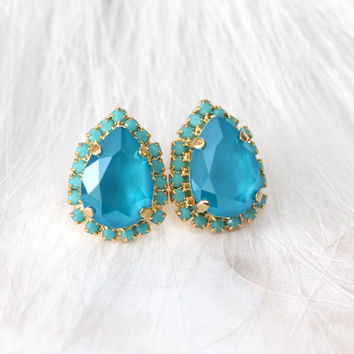 Blue Earrings, Bridesmaids Blue Earrings, Blue Sky Studs, Bridal Blue Crystal Earrings, Bridesmaids Gifts, Blue Turquoise Swarovski Studs