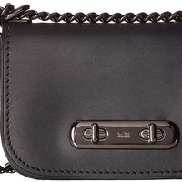COACH Womens Coach Swagger Shoulder Bag 20 In Glovetanned Leather