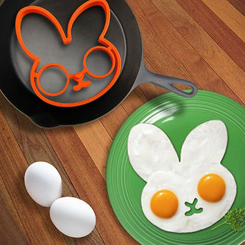 Rabbit Head Shaped Silicone Egg Mold Omelet Creative Fried Egg Molds Cooking Molds Ring Kitchen Tool = 5987813697