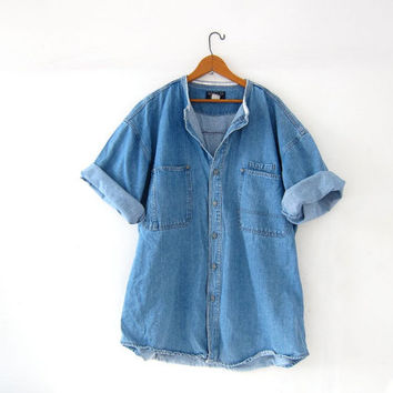 vintage oversized jean shirt. short sleeve denim shirt. blue jean boyfriend shirt. slouchy button up pocket shirt. collarless jean shirt.