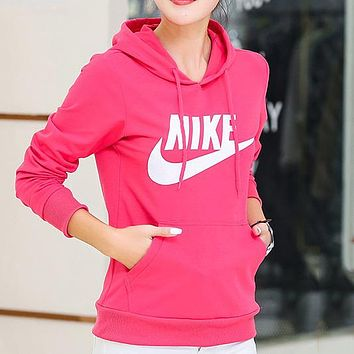 Trendsetter Nike Women Top Sweater Pullover Hoodie
