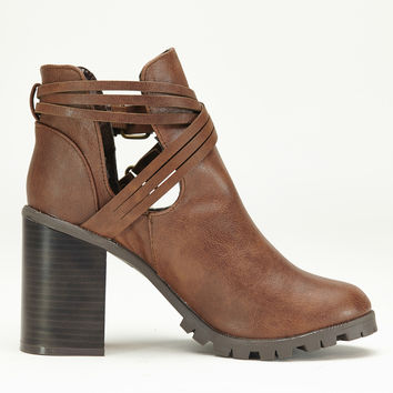 Xross Road Ankle Boots In Dark Brown