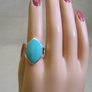 1970s Huge Turquoise Sterling Silver Ring - Size 7.5