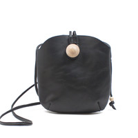 Belota Crossbody